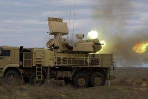Cận cảnh hệ thống phòng thủ Pantsir của Nga khai hỏa, diệt mục tiêu 'tưởng tượng'