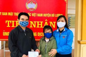 Cô gái khuyết tật truyền cảm hứng ủng hộ phòng chống Covid-19 tại Đô Lương