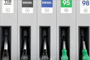 Giá dầu thế giới quay đầu giảm trong phiên giao dịch đầu tuần
