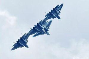 'Cha đẻ' Su-57 nói gì về 'lỗ hổng' của máy bay F-22 và F-35 Mỹ
