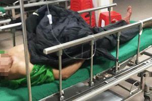 Người đàn ông được đưa tới bệnh viện cùng một đoạn ruột đứt rời