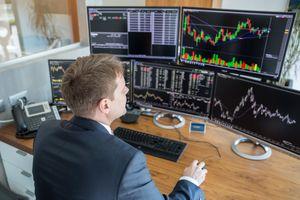 Đầu tư giá trị không có nghĩa là nắm giữ dài hạn