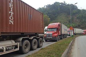Rút ngắn thời gian trao đổi của cư dân biên giới giữa Việt Nam và Trung Quốc