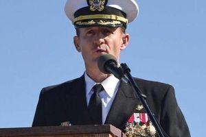 Quyền Bộ trưởng Hải quân Mỹ từ chức vì chê thuộc cấp 'ngu ngốc'