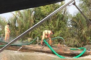 Phát hiện 'cát tặc' lộng hành trên sông, thu giữ nhiều tang vật