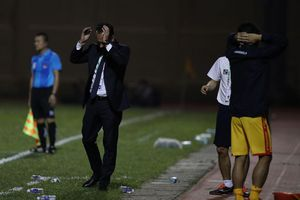 Vì sao CLB Thanh Hóa & HLV Fabio Lopez chưa thành công với sơ đồ 4-3-2-1?