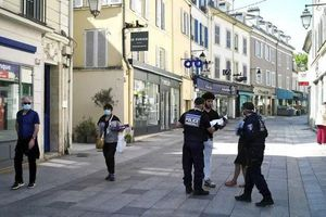 Pháp sẽ kéo dài thời hạn lệnh hạn phong tỏa