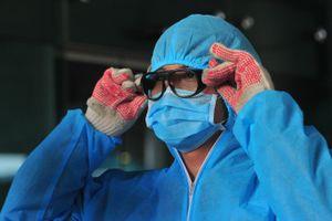 Cách ly 28 nhân viên y tế tiếp xúc với bệnh nhân 254