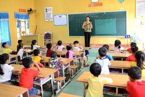 'Tôi sẵn sàng cho con học lại lớp 1 năm nay'
