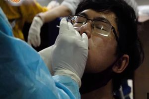TP.HCM bắt đầu xét nghiệm sàng lọc COVID-19 cho công nhân