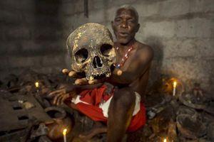 Sửng sốt với cuộc săn 'bùa yêu' ở khu chợ ma thuật lớn nhất thế giới