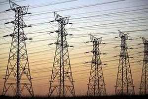 Lắp trụ cột không phép, 3 người nhập viện vì giật điện cao thế