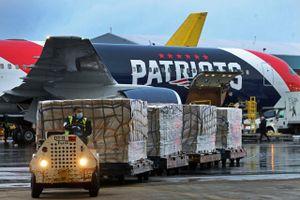 Mỹ đau đầu vì lô khẩu trang chất lượng mập mờ từ Trung Quốc