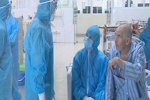Bác sĩ lý giải 4 bệnh nhân Covid-19 dương tính trở lại sau nhiều lần xét nghiệm âm tính