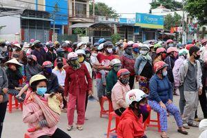 Kon Tum tạm dừng phát gạo miễn phí để chấn chỉnh việc giãn cách xã hội