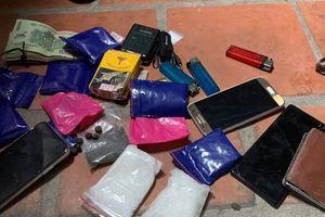 Công an xã Nguyên Khê bắt tội phạm tàng trữ trái phép chất ma túy