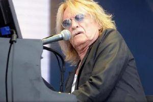 'Vua ballad' Christophe qua đời ở tuổi 74