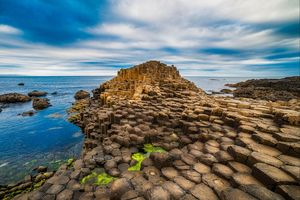 40.000 cột bazan niên đại 60 triệu năm xếp ngay ngắn ở Ireland
