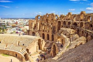 Tunisia nỗ lực vượt qua khủng hoảng