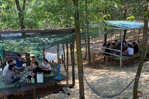 Hàng chục người tụ tập ăn nhậu bất chấp dịch COVID-19 tại Hà Tĩnh