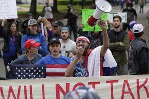 Mỹ bùng nổ biểu tình đòi mở cửa trở lại