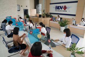 BIDV miễn nhiều loại phí cho người mất việc vì COVID-19