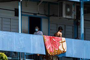 Ca nhiễm Covid-19 vượt 10.000, Singapore gia hạn ngắt mạch đến tháng 6