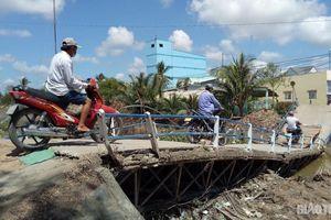Cầu Cống Xìa bị sập, địa phương khắc phục thế nào?