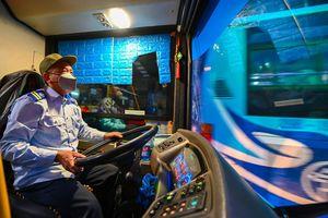 Tài xế xe buýt 'vui hơn Tết' ngày trở lại làm việc sau cách ly xã hội