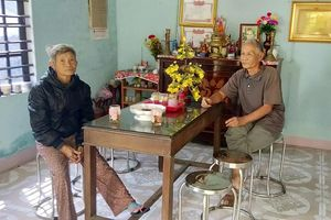 Nước mắt ngày đoàn tụ của nữ cựu tù Côn Đảo