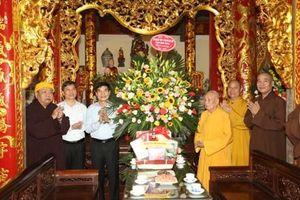 Thăm, chúc mừng nhân dịp Đại lễ Phật Đản năm 2020