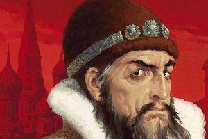 Kinh hãi Sa hoàng Nga hung bạo đánh con dâu, giết con trai
