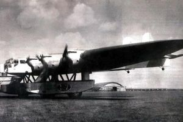 'Pháo đài bay' khổng lồ Kalinin K-7 là cuộc cách mạng về ý tưởng của Liên Xô