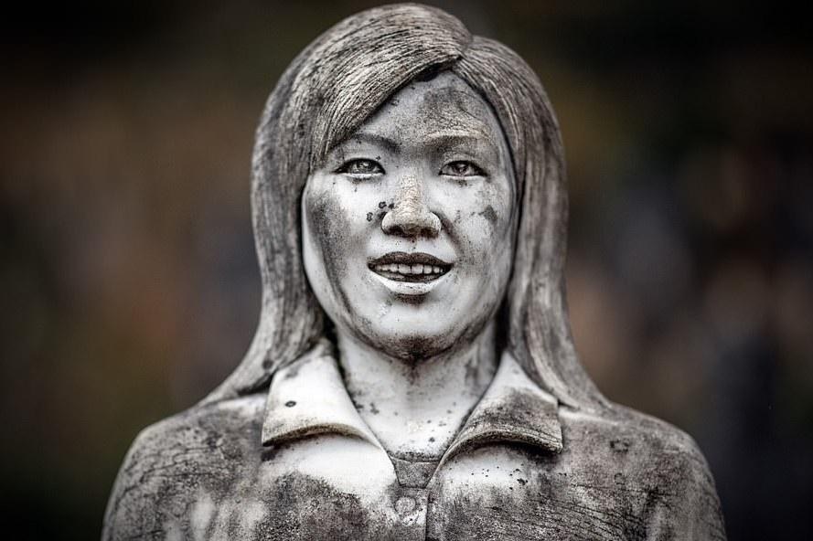 Công viên bỏ hoang với 800 bức tượng ám ảnh du khách