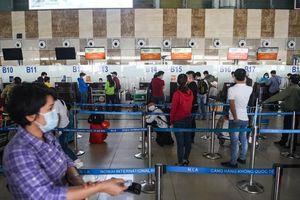 Chủ chuỗi cửa hàng đồ ăn, miễn thuế ở sân bay gặp khó vì dịch bệnh