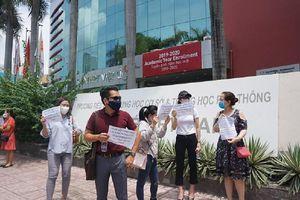 Hơn 200 phụ huynh đề nghị trường Việt Úc đối thoại