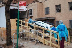 Mỹ bảo quản thi thể để truy tìm bệnh nhân đầu tiên tử vong vì Covid-19