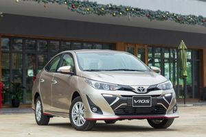 Toyota Vios giảm giá chỉ còn từ 450 triệu đồng