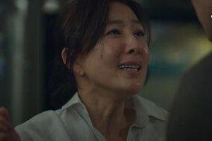 Thế giới hôn nhân: Vứt hết liêm sỉ 'ân ái' với chồng cũ Tae Oh, không còn ai thương xót Sun Woo nữa