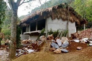 Thanh Hóa: Yêu cầu tháo dỡ công trình xây dựng trái phép xâm hại Danh thắng quốc gia núi Kim Sơn