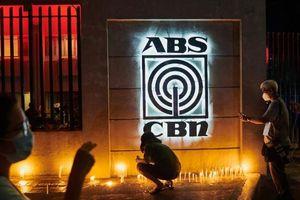 Công ty truyền thông lớn nhất Philippines bị dừng hoạt động