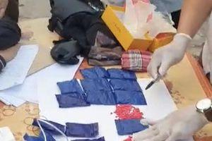 Hải quan Hà Nam Ninh phối hợp bắt 4.000 viên ma túy tổng hợp