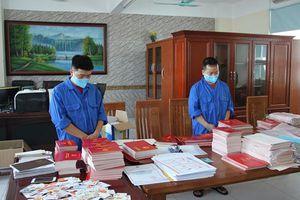 Hiệu phó trường THPT nhận 105 triệu đồng để mua bằng giả cho học sinh