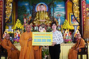 TP.HCM : Phật giáo Củ Chi làm từ thiện 85 triệu đồng mừng Phật đản