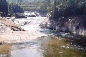 Hòa Bình: Điều tra, làm rõ nguyên nhân 4 người tử vong tại suối Cái