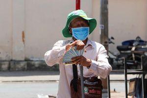 Gần 11.700 người bán vé số ở Tiền Giang được nhận hỗ trợ