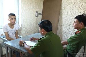 Quảng Bình: Bắt giữ thanh niên 'choai' tàng trữ ma túy trong người