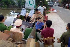 Ô tô rơi xuống sông, 2 người chết ở Nam Định