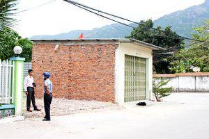 Một cán bộ xã bị tố xây dựng nhà trái phép