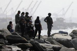 Venezuela thu giữ 3 thuyền đầy súng đạn của Colombia
